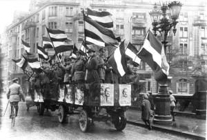 Гинденбург был самым популярным человеком в Германии и без особого труда дважды выигрывал выборы
