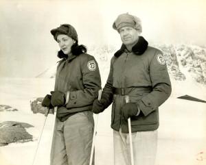 Финн Ронне со своей верной спутницей Эдит