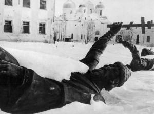 Новгородский кремль после бегства оккупантов, январь 1944 года
