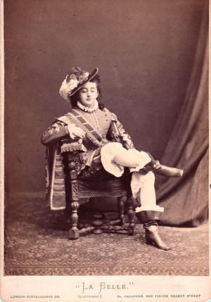 Фанни Лир (a cabinet card portrait of the American adventuress and traveller Fanny Lear, born Harriet Blackford in Philadelphia)