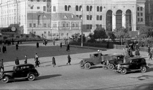 Защитная маскировка на здании Большого театра в годы Великой Отечественной войны