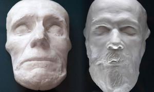 При тщательном изучении посмертных масок великих людей Е. В. Черносвитов определил, что только Суворов и Достоевский были действительно мертвы, когда с их лица снимали слепок, остальные находились в стадии клинической смерти