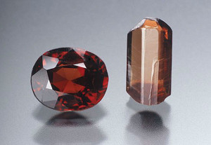 Паинит - очень редкий драгоценный камень