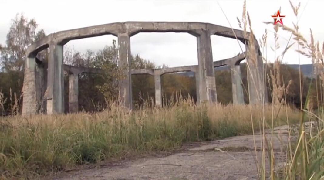 Заброшенный железобетонный каркас в районе шахты Венцеслаш